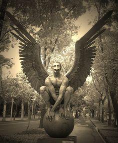 Escultura de Jorge Marin