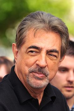 Joe Mantegna plays SSA David Rossi. He is a really good guy, on and off screen.