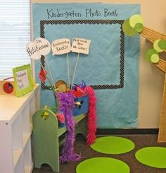 Kindergarten-Photo-Booth - too cute! Open House or Back to School Night idea! Back To School Night, Beginning Of The School Year, New School Year, School Fun, School Stuff, School Days, High School, Classroom Fun, Classroom Activities