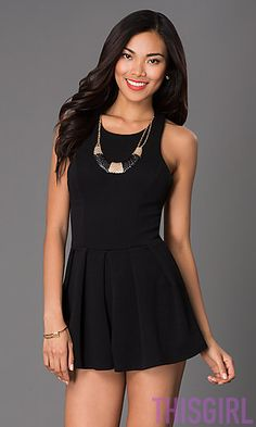 SHORT SLEEVELESS ROMPER WITH REMOVABLE NECKLACE