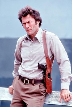 "Clint Eastwood in ""Dirty Harry"" 1971 with his Smith & Wesson .44 Magnum Model 29"