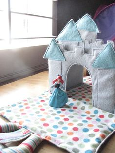 Castle Caddy: PDF Download Instructions and Pattern available on etsy. (folds flat and has pockets for doll/action figures