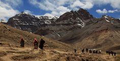Eine Reise zum Mount Kailash ist ein Erlebnis. Die meisten Pilger starten Ihre Umrundung um Kailash in Darchen und die Umrundung dauert in der Regel 3 Tage.