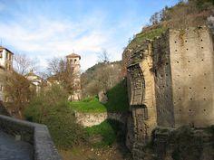 El Paseo de los Tristes, en Granada - http://vivirenelmundo.com/el-paseo-de-los-tristes-en-granada/8922