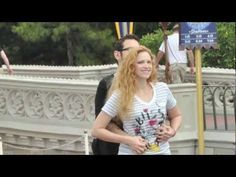 Scavenger Hunt Proposal at Disney World's Magic Kingdom (Nando proposes to Lisa)    This is totally my Dream proposal!!