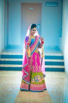 """""""Smriti +Nishant"""" album of Photographer Ammy Photography in Lucknow Hindu Wedding Photos, Indian Wedding Pictures, Indian Wedding Poses, Indian Bridal Photos, Indian Bride Photography Poses, Indian Wedding Photography Poses, Wedding Outfits For Groom, Wedding Couples, Bridal Photoshoot"""