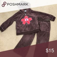 Girls Gap Velour Set Cute girls velour pants with zip up hoodie in good condition. GAP Matching Sets