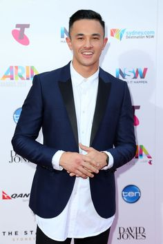 Cyrus Villanueva | Here's All The Red Carpet Looks From The 2015 Aria Awards