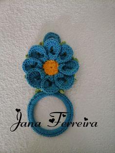 Cantinho da Jana: Porta pano de prato Crochet Kitchen, Crochet Home, Cute Crochet, Beautiful Crochet, Crochet Crafts, Yarn Crafts, Crochet Baby, Crochet Projects, Knit Crochet