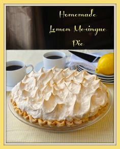 The Very Best Homemade Lemon Meringue Pie - Rock Recipes - Rock Recipes If your pie comes from powder in a box, STOP! A fantastic homemade lemon meringue pie, made completely from scratch, tastes much better and is actually just as easy to prepare. Lemon Desserts, Lemon Recipes, Pie Recipes, Just Desserts, Dessert Recipes, Cooking Recipes, Rock Recipes, Meringue Cake, Sweets
