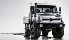 The Unimog Mercedes can be used as the most badass and most protective 'motor home' ever. This is a beast! #spon #Checkitout...