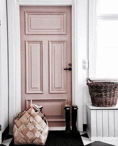 pink door, baskets for storage