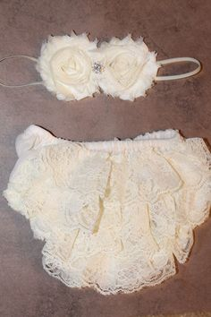 Vintage Lace Baby Bloomer, Diaper Cover and Headband Set, Ivory Lace Bloomer, Newborn, Baby Girl on Etsy, $19.99