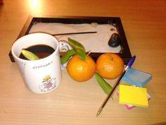 """Table de @placardobalais : """"Table de travail de nuit (son : «Taqasim», Marcel Khalife)"""""""