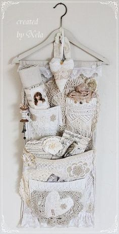 4 Convenient Cool Tips: Shabby Chic Bedroom Gold shabby chic rustic mason jars.Shabby Chic Kitchen Country shabby chic ideas the doors. Casas Shabby Chic, Shabby Chic Mode, Style Shabby Chic, Shaby Chic, Shabby Chic Crafts, Shabby Chic Decor, Shabby Vintage, Vintage Crafts, Vintage Lace
