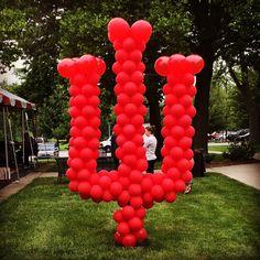 Indiana University interlock out of balloons!