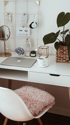 Quality Home Office Furniture . Quality Home Office Furniture . Home Office In Black and White Colors Wooden Desk Monstera Home Desk, Home Office Desks, Home Office Furniture, Office Table, Office Lounge, Office Spaces, Small Office, Mini Office, White Office