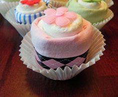 Single Diaper & Onesie Cupcake  Unique Baby Shower by BabyBinkz, $9.00