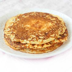 Proteinpannkakor Baby Food Recipes, Low Carb Recipes, Baking Recipes, Dessert Recipes, Gluten Free Baking, Healthy Baking, Healthy Snacks, Beignets, Food For The Gods
