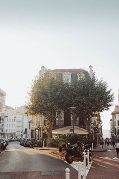 Weather In France, Places To Travel, Places To Visit, Holidays France, Spanish Towns, Malibu, Ville France, Biarritz, Basque Country