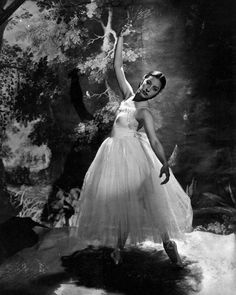 Alicia Alonso in Giselle - Cecil Beaton