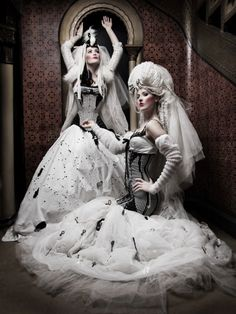 Rotten Decadence by Silent View (Silent Order) - Fashion Photography - Dolls - Marionettes - Puppets - Halloween concept ideas