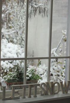 Fenster sind für die Stimmung eines Raumes bedeutend. Dazu gehören natürlich auch die richtigen Fensterbänke.   http://www.arbeitsplatten-naturstein.de/fensterbaenke-naturstein-fensterbaenke