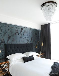 50 Wallpaper Decorating Ideas That Add Major Wow-Factor