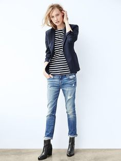 Shop Gap for Casual Women's, Men's, Maternity, Baby & Kids Clothes Getting this outfit top to bottom for my fall wardrobe. Outfit Jeans, Outfit Chic, Mode Outfits, Casual Outfits, Fashion Outfits, Womens Fashion, Gap Outfits Women, Casual Clothes, Style Fashion