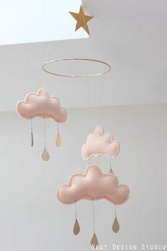ozdoba nad łóżeczko | chmurki