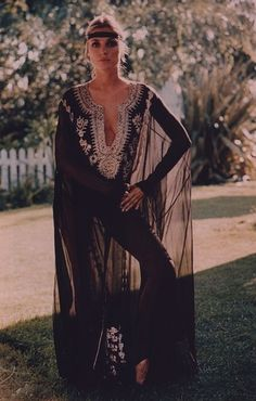 Lotus Resort Wear's Suggest Resort Wear/Sarong Fashion Look from the Web!