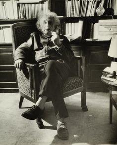 17 portraits d'Albert Einstein - La boite verte