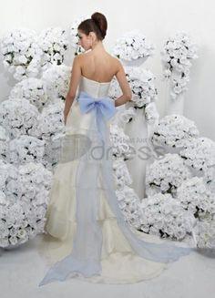 ivoire et turquoise châssis bretelles robes de mariage de conception de  couleur Wedding Dress Train 6edab010f6a6