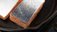 Fix a Stinky Cast Iron Skillet With a Quick Bake in the Oven