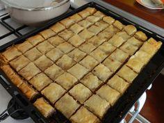Baclava de post | | Bunatati.ro Apple Pie, Goodies, Sweets, Vegan, Desserts, Food, Sweet Like Candy, Tailgate Desserts, Deserts