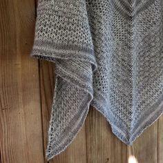 Ravelry: Machir Bay Shawl pattern by Asita Krebs free Shawl Patterns, Knitting Patterns, Crochet Patterns, Knitting Ideas, Knit Or Crochet, Crochet Shawl, Ravelry, Knitted Shawls, Ponchos