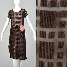XS Brown Silk Devore Dress Burnout Velvet Sheer Dress Drop Waist Dress Plaid Dress D Vintage Flapper Dress, 1920s Dress, Vintage Dresses, Vintage Outfits, Fashion Fabric, Skirt Fashion, 20s Fashion, Vintage Fashion, 20s Dresses