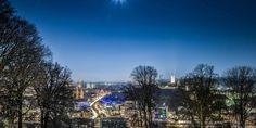 Fullmoon Night above Bielefeld Ostwestfalen | Sparrenburg | Marienkirche | Rathaus   Photography about the city of Bielefeld, at the Teutoburger Forest in Ostwestfalen, Germany.   Fotografie | Stadt Bielefeld | Teutoburger Wald | Ostwestfalen | Deutschland http://tripfabrik.de/bielefeld http://tripfabrik.de/flug-bielefeld #bielefeld #deutschland #germany #ostwestfalen #teuto #tripfabrik #sparrenburg #vollmond #mond #marienkirche #rathaus #krankenhaus #herbst #winter #nacht #fotos