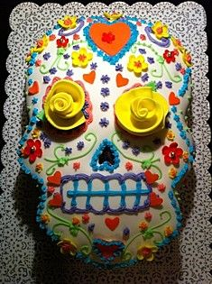 Day of the Dead Skull Cake. this would be perfect for Halloween birthday party. Day Of The Dead Cake, Day Of The Dead Party, Day Of The Dead Skull, Pretty Cakes, Beautiful Cakes, Amazing Cakes, Cupcakes, Cupcake Cakes, Sugar Skull Cakes
