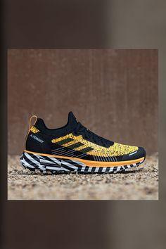 Sport Style, Sport Fashion, Fashion Shoes, Mens Fashion, Adidas Originals, Adidas Shoes, Shoes Sneakers, Nachhaltiges Design, Adidas Terrex