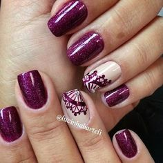 Beauty, that is easy to create with your own hands. All you need are two contrasting nail polishes. Put the main bright color on every finger, except the ring one. Cover the ring finger with another color and draw an easy pattern on it. Crystals will make your nails more celebratory. Blackberry pear…
