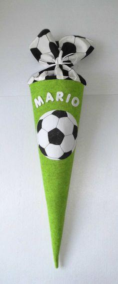 """Schultüten - Schultüte """"Fußball"""" Filz, H: ca 65 cm - ein Designerstück von BingaDongaKids bei DaWanda"""