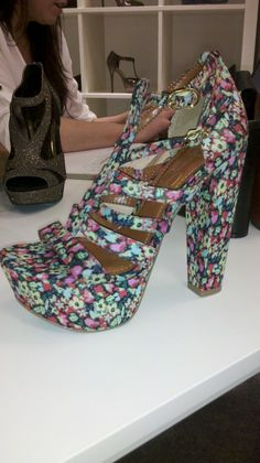 """Jessica Simpson Collection - """"Fawnna"""" in a Fun Floral Fabric"""