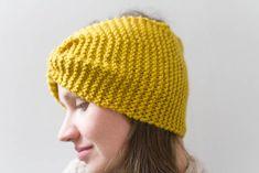 Helppoja neuleohjeita. Tee itse kaunis hiuspanta. Knitted Hats, Beanie, Diy Crafts, Lifestyle, Knitting, Easy, Fashion, Moda, Tricot