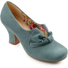 Hotter Donna Slip On Court Shoes ($100) ❤ liked on Polyvore featuring shoes, pumps, heels, vintage, dark aqua suede, leather pumps, mid-heel shoes, thick heel shoes, block heel pumps and round toe pumps