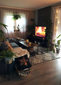 Boho Living Room, Cozy Living Rooms, Apartment Living, Home And Living, Living Room Decor, Bedroom Decor, Appartement Design, First Apartment Decorating, Cozy Room