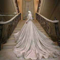 Hijabi Wedding, Muslimah Wedding Dress, Muslim Wedding Dresses, Hijab Bride, Muslim Brides, Dream Wedding Dresses, Bridal Hijab Styles, Long Sleeve Bridal Dresses, Beautiful Dress Designs