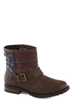 Star-spangled Strut Boot, #ModCloth  WANT these for Bonaroo