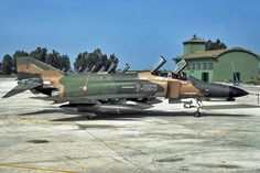 F-4 Phantom II from the Turkish Air Force flies during a mission at Exercise Eager Lion - Google'da Ara