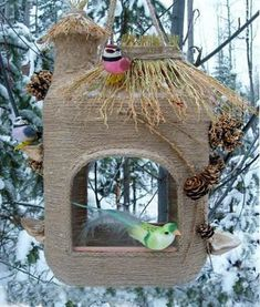 DIY bird feeders are beautiful garden decorations and inviting places for provid. , DIY bird feeders are beautiful garden decorations and inviting places for providing food to birds in winter and early spring Source by xbloodyprincess. Recycled House, Recycled Crafts, Diy And Crafts, Bird Crafts, Recycled Materials, Homemade Bird Feeders, Diy Bird Feeder, Homemade Garden Decorations, Backyard Decorations